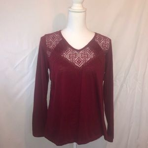 3/$15 Maroon hint of mint Long Sleeve w/Lace L Top